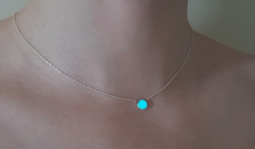6ict0b8ne4l41 820x480 - A little charm necklace I made using solid sterling silver chain, rose gold filled wire and resin I mixed with with bright turquoise glow pigment that charges naturally by absorbing light to emit light - hobbies, crafts