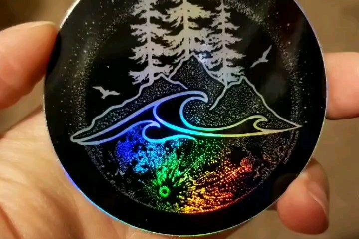 JF pJgjn wb6HjiYSSpSAOSpPYL1BVEZSViBIecYtkA 720x480 - Made my digital drawing into a pretty sweet holographic sticker :) - hobbies, crafts