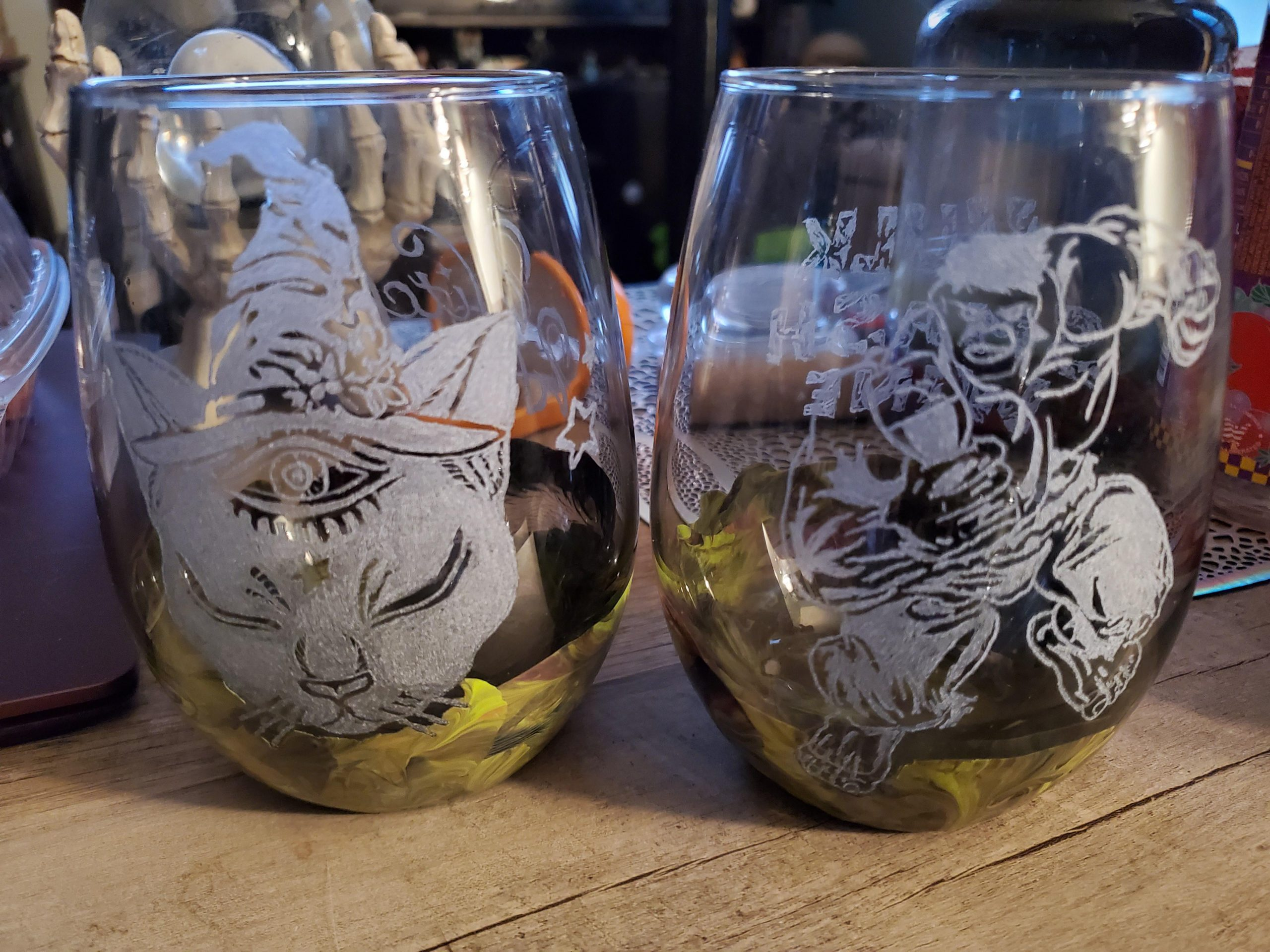 o12sxrvuu5o41 scaled - Etched glasses I made for my boyfriend and myself - hobbies, crafts