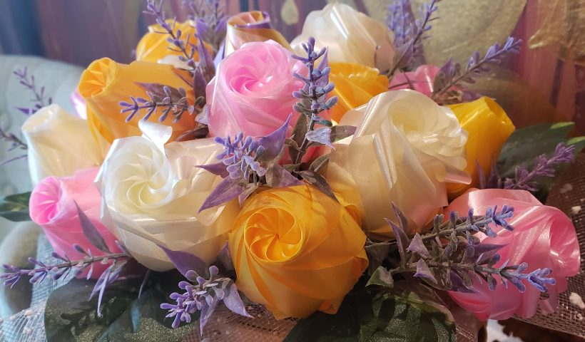 """wtucl5jvsbl41 820x480 - What type of ribbon roses are these and how are they made? I can't find anything like this particular style when I search """"ribbon roses"""" online. - hobbies, crafts"""