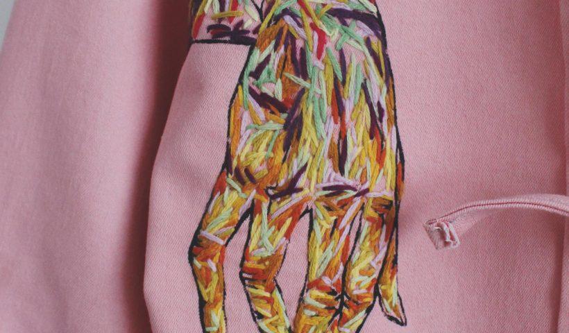 9ok7w8opp7w41 820x480 - Embroidered Hand Art - hobbies, crafts