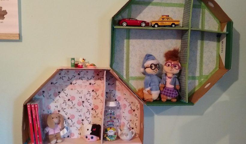 1p7wgfe5u7151 820x480 - Hello! I made shelves from a present box - hobbies, crafts