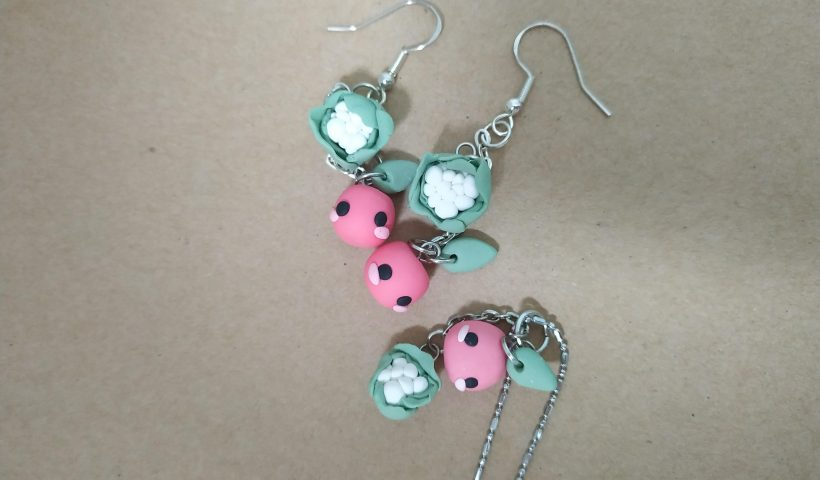 taze4it4q3151 820x480 - I made some stardew valley inspired Junimo earrings and necklace! The green and white charms are cauliflower lol - hobbies, crafts