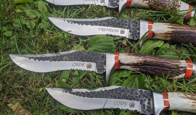 5wc3vb1nvd751 820x480 - Engraved Red Turquoise Deer Antler Hunting Knives - hobbies, crafts