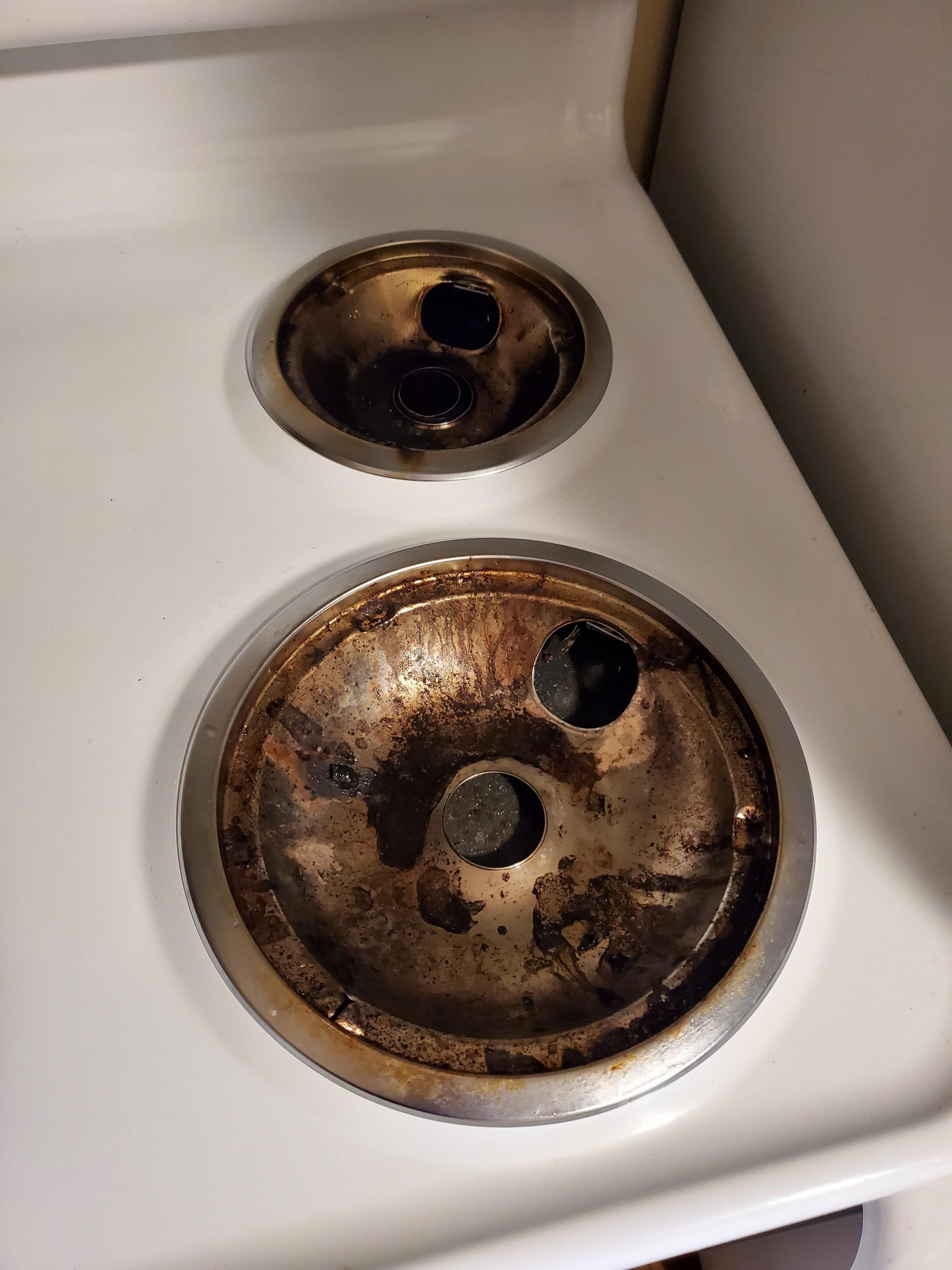 uukbblao4b751 scaled - Moving out of my apartment soon and haven't ever cleaned these (3 years). What's the easiest way to make them silver again? - home, hobbies