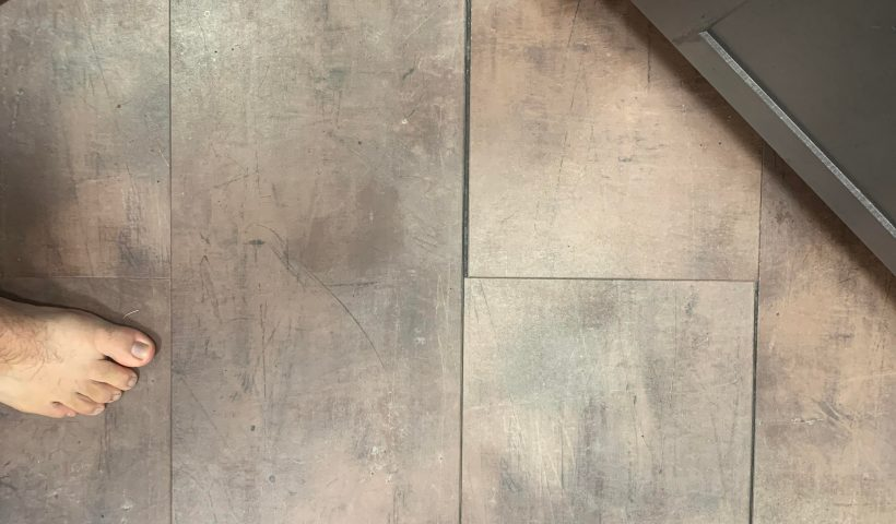 5er8ezafv5h51 820x480 - How do I reattach the flooring. Some places I can move it with my weight but I can't here. - home, hobbies