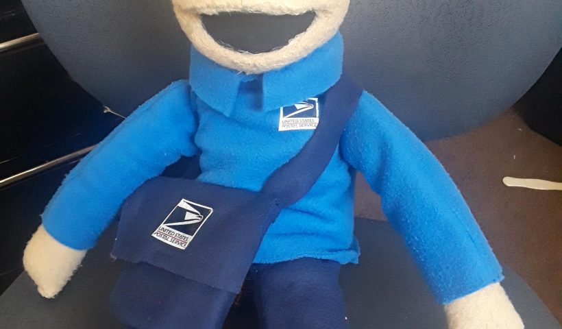 6lj3fvs4tge51 820x480 - A puppet I made for a 4 year old who loves the mailman. It was very hard to give him up because I fell in love with him! - hobbies, crafts