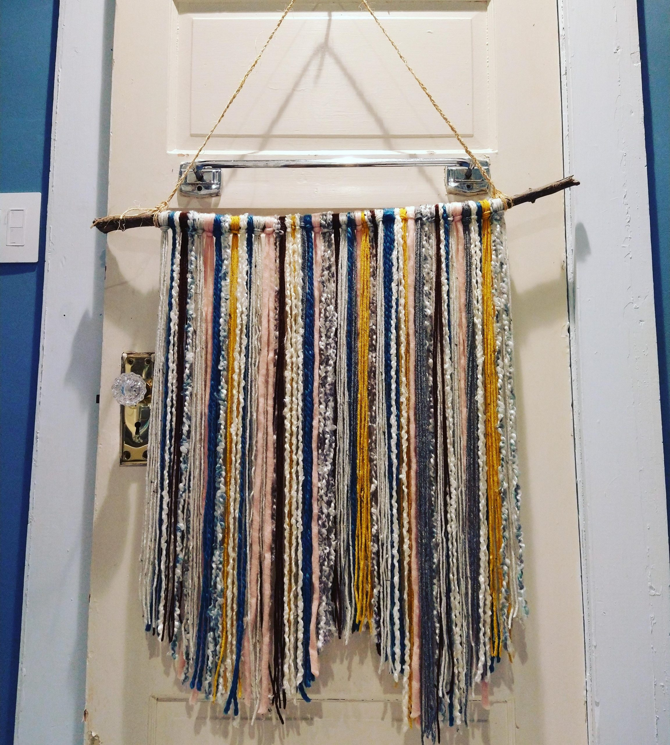 jgzw0v9u9gm51 scaled - My first large yarn wall hanging - hobbies, crafts