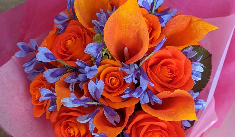 0r753z6aior51 820x480 - I make a flower bouquet from crepe paper - hobbies, crafts