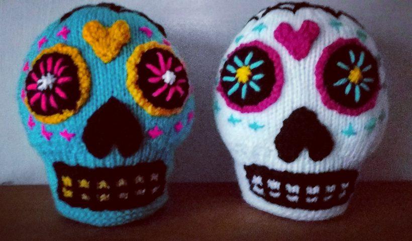 47syaj4djtr51 820x480 - I love Sugar Skulls! I am going to make a few more in different colors too :) - hobbies, crafts