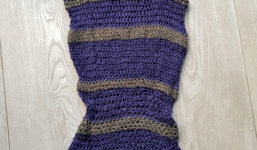 bqivc5dp8tr51 820x480 - Some years ago I crocheted this slipover using left over yarn - hobbies, crafts