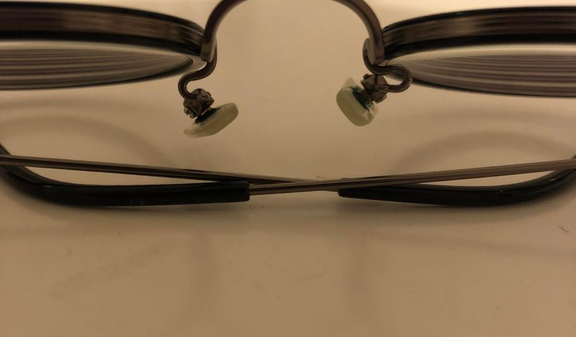 lezksdnsy1p51 820x480 - How do I straighten/fix these nose pad arms on my glasses? - home, hobbies