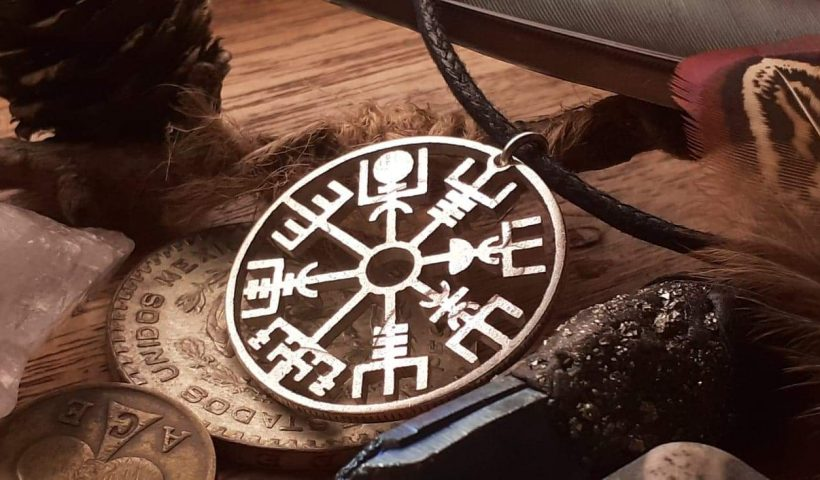 0b3pwu2zp1w51 820x480 - I cut this Vegvisir Viking symbol by hand using a hand drill and jeweller's piercing saw from a Victorian penny :) - hobbies, crafts