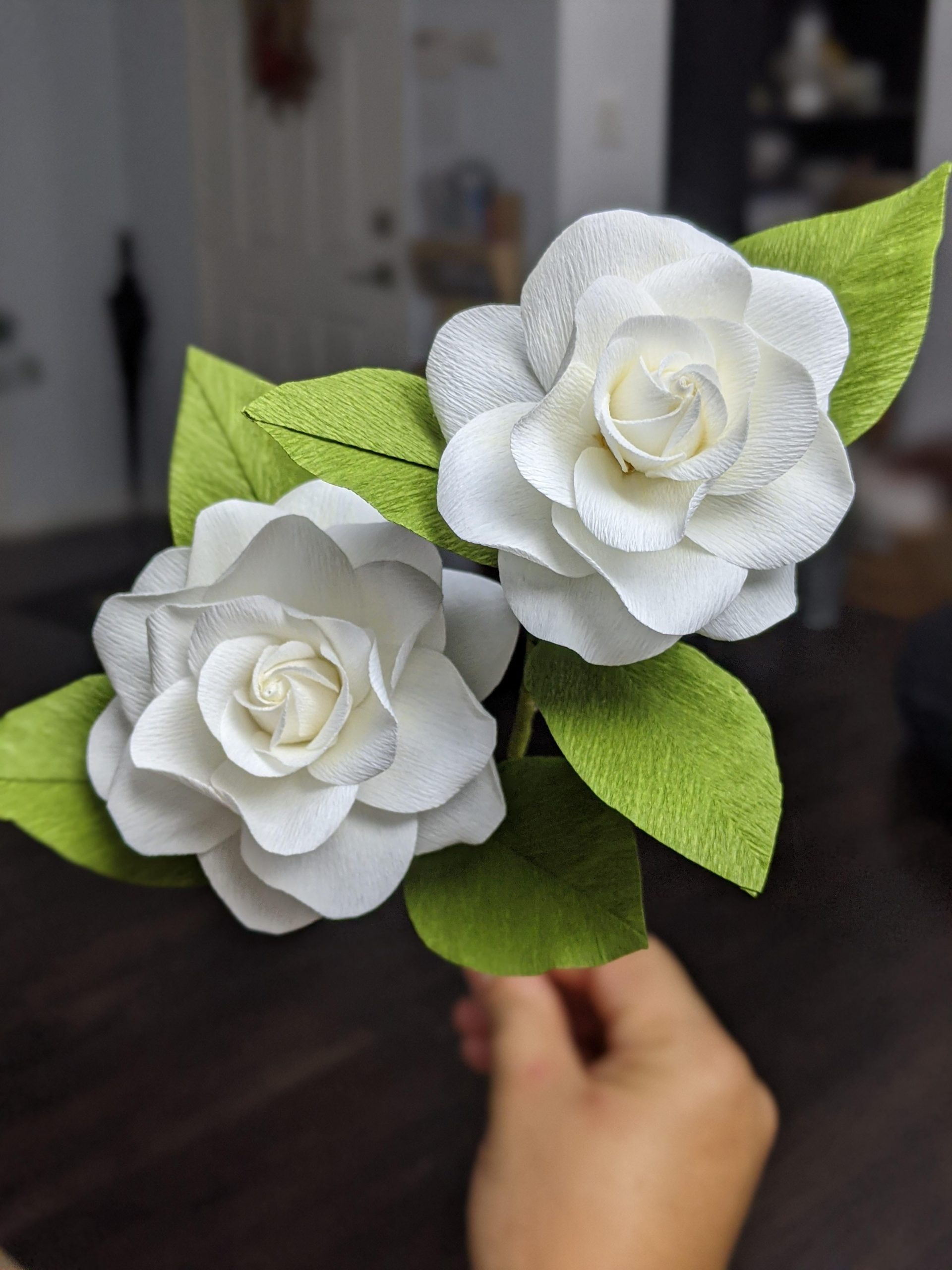 34yoe7d1h8061 scaled - Gardenias I made from paper - hobbies, crafts