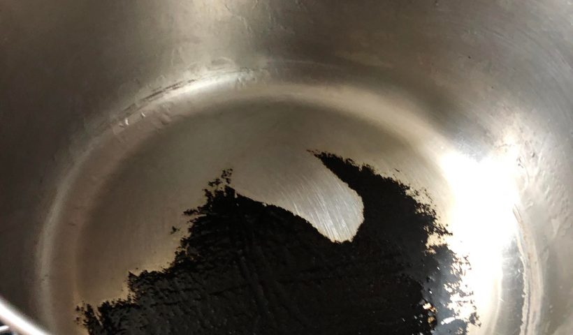28r82lce0v561 820x480 - How can I clean this pan? I've tried boiling water with baking soda, vinegar and bar keepers friend with no success - home, hobbies