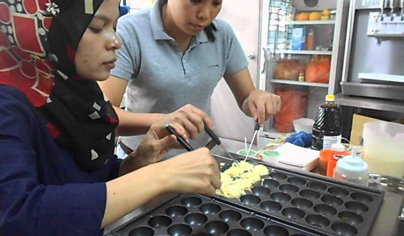 1611390324 maxresdefault 820x480 - Takoyaki Machine Business Training Malaysia - training, business