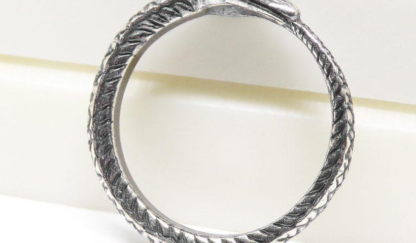 89afvsjii4b61 820x480 - Silver Ouroboros ring. Size 4,5 - 9 US - hobbies, crafts