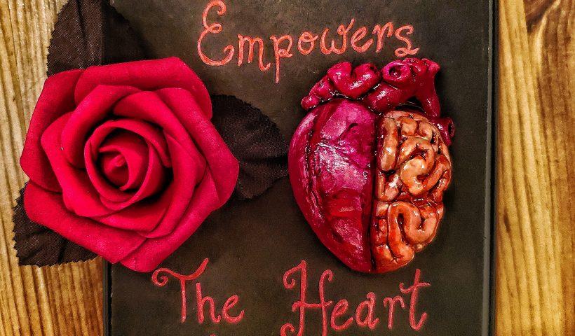 cu3vyut6j6b61 820x480 - I make my own Valentine gifts. Im pretty romantic in the bloody way - hobbies, crafts