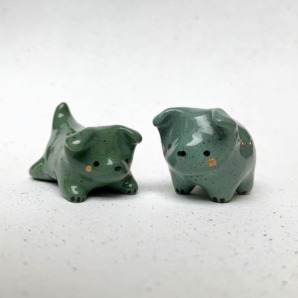 n9QpI3pUGKnE5Ra8zfSVxlJm9qybbE3SPv3InkbDarI - I made some little green polymer puppies 🐾 - hobbies, crafts