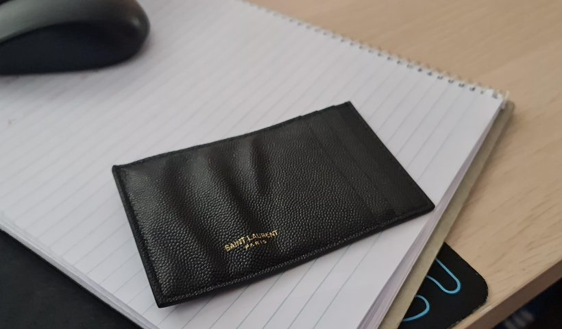 3zia3qhs2ve61 820x480 - Unfortunately soaked my card holder in water, how to get wrinkles out of the calf leather? - home, hobbies